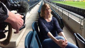 Anne Mäkinen, 118 landskamper i fotboll.