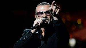 Den brittiska popartisten George Michael har avlidit.