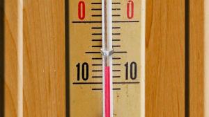 Termometern står på -7 grader.