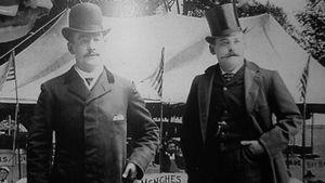 Köpmännen Frank och Charles Menches från Ohio.