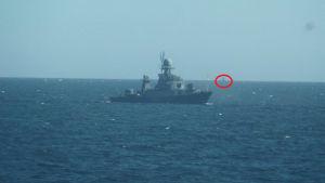 Rysk krigsfartyg och rysk u-båt.