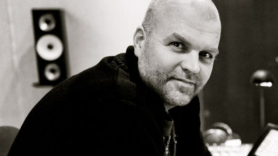 Niklas Rosström en av Vegas sommarpratare i bild.