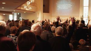 gudstjänst i Elimkyrkan i Jakobstad