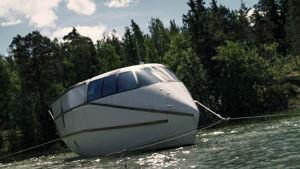 Den futuristiska båten Shalom.