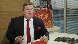 Uutisvideot: Liikemies Pekka Viljakainen pitäisi vetäytymistä Venäjältä epäisänmaallisena