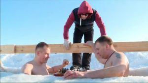 Uutisvideot: Venäläinen shakkiturnaus avannossa