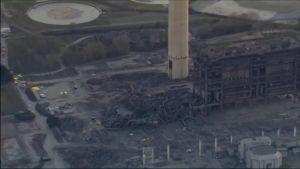 Uutisvideot: Käytöstä poistettu voimalaitos romahti Britanniassa