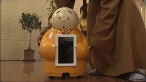 Uutisvideot: Buddhalainen munkkirobotti ilahduttaa