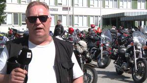 Motoristit kiusaamista vastaan vieraili Tenetin koululla