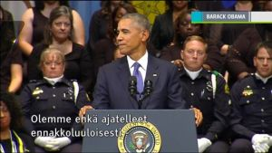 Uutisvideot: Obama ja Bush puhuivat Dallasin muistotilaisuudessa