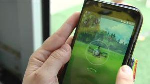 Uutisvideot: Pokémoneja pyydystettiin urakalla Helsingin Narinkkatorilla