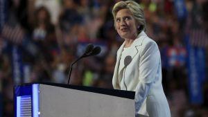 Uutisvideot: Hillary Clinton otti ehdokkuuden vastaan – katso koko linjapuhe