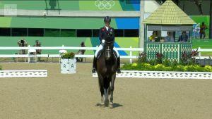 Rion olympialaiset: Britannian Charlotte Dujardin ratsasti kolmannen olympiakultansa huippuhevosella