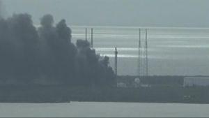 Uutisvideot: Satelliitteja avaruuteen vievä raketti räjähti Cape Canaveralissa