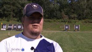 Urheilujuttuja: Forsberg valmis puolustamaan paralympiakultaansa