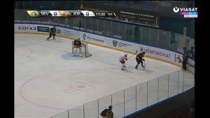 KHL huippuhetket: Jokerien ja Severstalin pelissä rajuja taklauksia