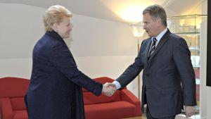 Liettuan presidentti vierailulla Suomessa – Lehdistötilaisuus suorana