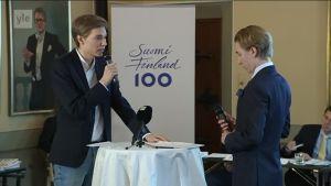 Uutisvideot: Talousguru-finaalissa väittelivät Jooa Mustonen ja Daniel Backström