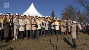 Uutisvideot: Laulut kajahtivat vapun kunniaksi Kaivopuistossa