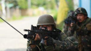 Uutisvideot: Kaupunki islamistien käsiin Filippiineillä