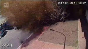 Uutisvideot: Vesiputki räjähtää Kiovassa