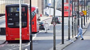 Lontoon poliisi tiedottaa terrori-iskusta