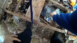 Uutisvideot: Haalarikameran yksi ominaisuus unohtui - Amerikkalaispoliisi narahti huumekätkön lavastamisesta