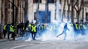 Ranskassa kuohuu