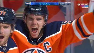 NHL: Connor McDavid iski kypärätempun