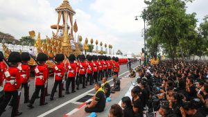 Thaimaan kuninkaan ruumis tuhkataan juhlavassa seremoniassa