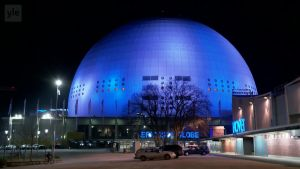 Uutisvideot: Tukholman Globen säkenöi sinisenä