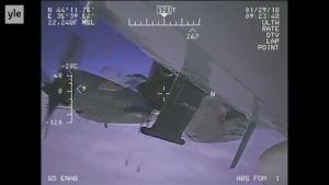 Uutisvideot: Video: Venäjän hävittäjä lensi hyvin läheltä amerikkalaiskonetta