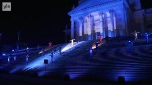 Uutisvideot: Via Crucis ensi kertaa pääsiäislauantaina