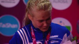 Urheilujuttuja: Petra Olli sai EM-kullan kaulaansa