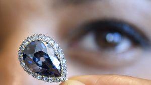 Sinisellä Blue Farnese -timantilla on 300 vuoden historia Euroopassa