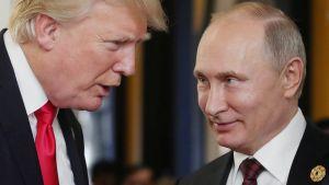 Kirjeenvaihtajamme Washingtonissa ja Moskovassa arvioivat kokousta