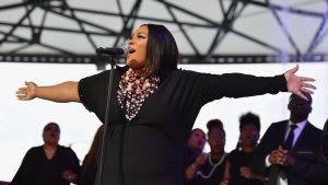 Soul-tähti Aretha Franklinin muistokonsertti keräsi tuhansia faneja