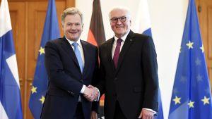 Saksan liittopresidentti lehdistön tentattavana Presidentinlinnassa