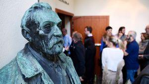 Fysiikan Nobelin saaja julkistetaan