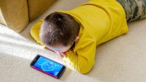 Millaista teknostressiä laitteet lapsille aiheuttavat?