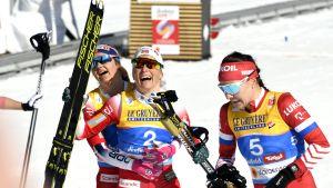 Maailmanmestari Therese Johaug herkistyi kyyneliin maalissa