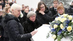 Matti Nykäsen hautajaissaattue