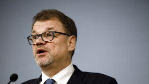 Pääministeri Juha Sipilän tiedotustilaisuus Kesärannasta