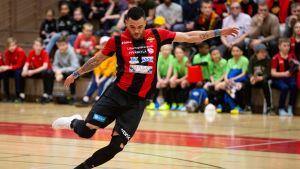 Futsal-liigan toinen finaali ratkesi dramaattisesti – upea maali omasta päädystä!