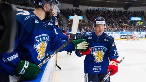 Leijonat hiljensi Brnon - Tshekki nurin Euro Hockey Tourilla