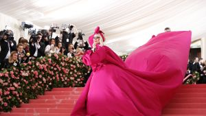 Lady Gagan asuperformanssi MET Gala 2019:ssa