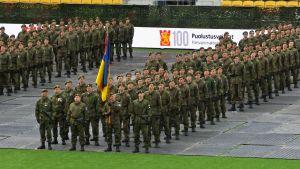 Lippujuhlan päivän paraatikatselmus