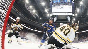 St. Louis tasoitti Stanley Cupin finaalit – Ryan O'Reilly yllätti Tuukka Raskin kahdesti