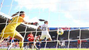 Hallitseva maailmanmestari USA kukisti Chilen 3–0