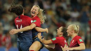 Norja voitti hurjan jalkapallonäytelmän rangaistuspotkukilpailussa